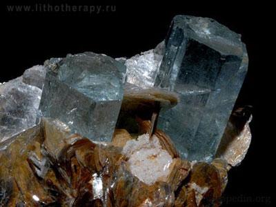 Лечебные и магические свойства камней Akvamarin