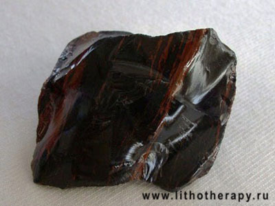 http://lithotherapy.ru/img/obsidian/obsidian.jpg
